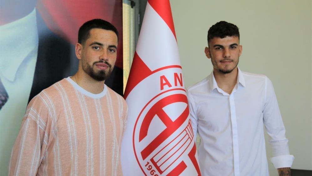 Antalyaspor, Ersin Zehir ile Doğukan Nelik'i transfer etti