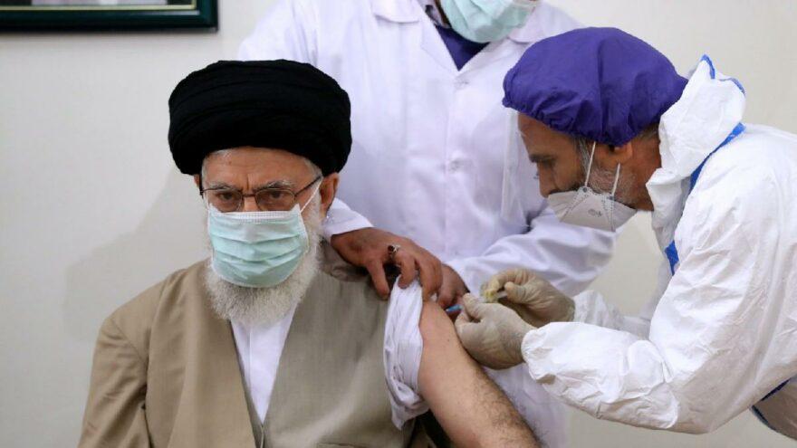 İran Dini Lideri Hamaney yerli aşı 'Bereket'in ilk dozunu oldu