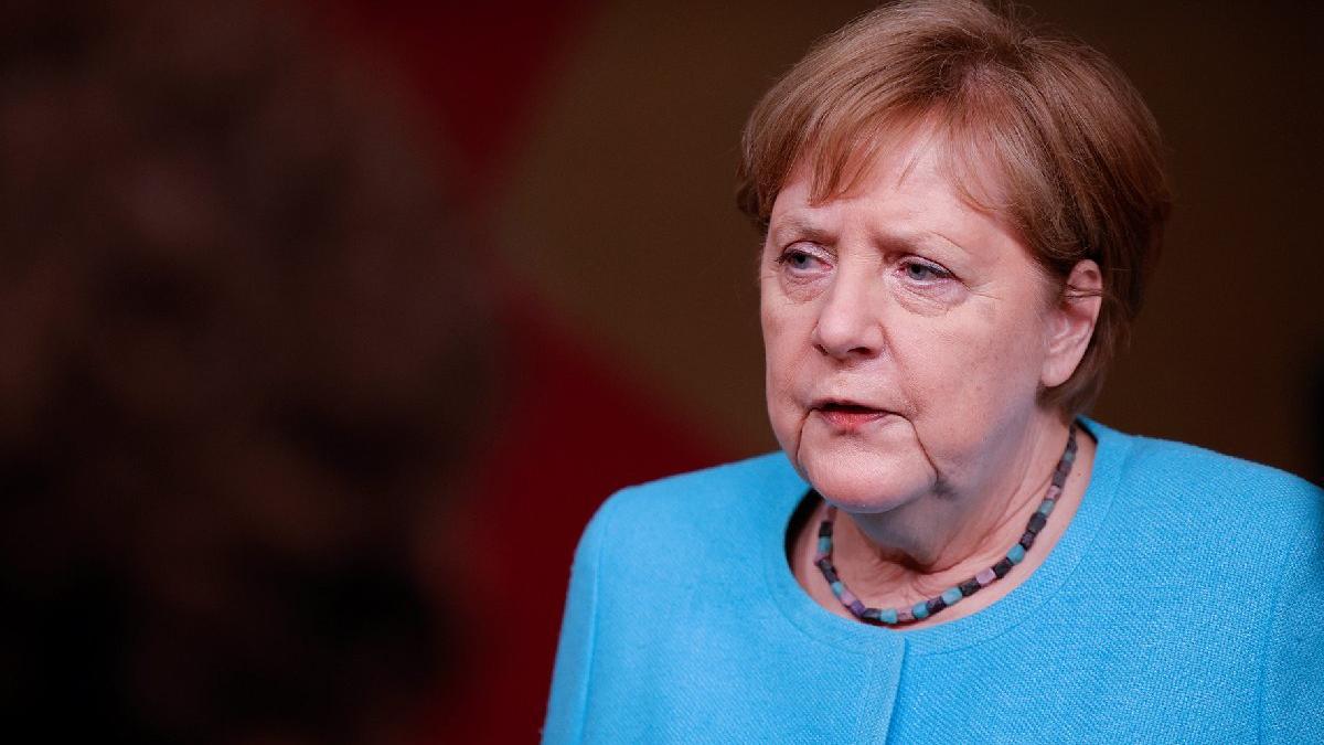 Almanya Başbakanı Merkel duyurdu: Türkiye'ye 3 milyar euro yardım konusunda anlaştık