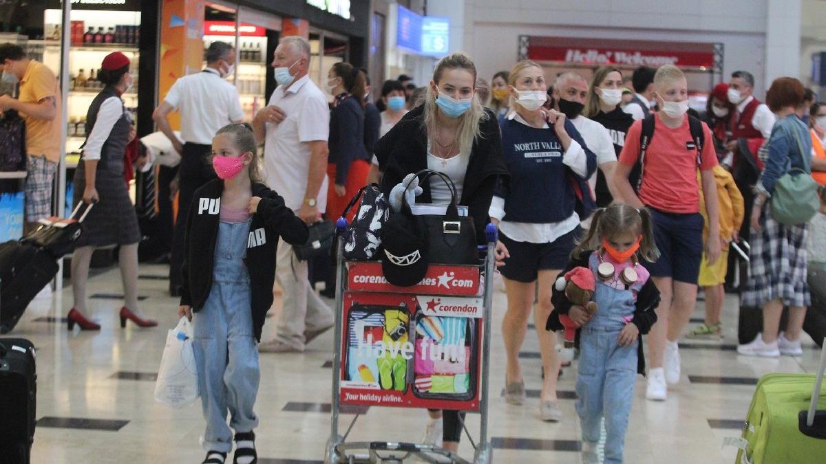 Türkiye'ye gelen yabancı ziyaretçi sayısı pandemi öncesinin çok gerisinde