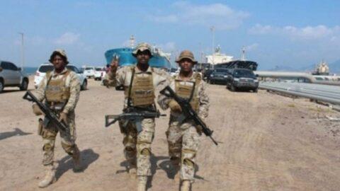 BAE, adayı 'askeri kışlaya' çevirdi