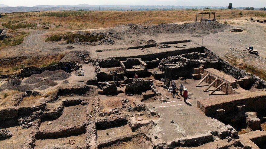 4 bin yıl öncesinin ev sahipleri aranıyor