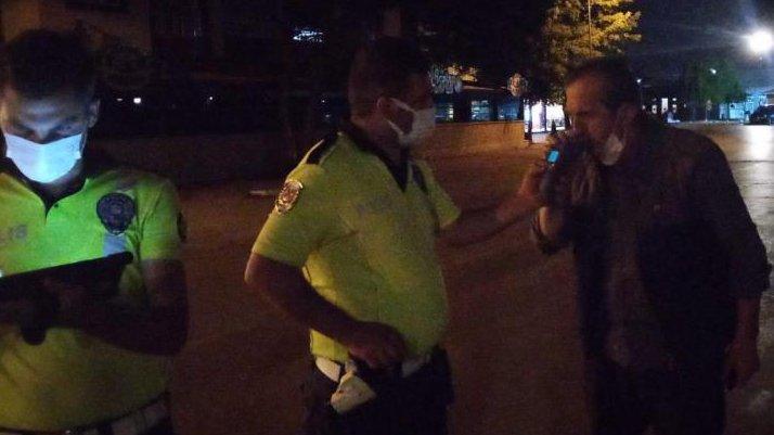 Alkollü sürücüden güldüren tehdit: Ben sizin komiseri arayayım