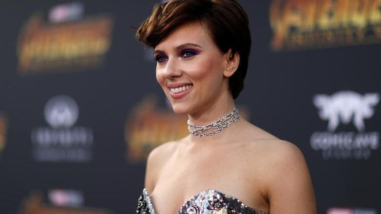 Scarlett Johansson kozmetik ve güzellik sektörüne adım atıyor