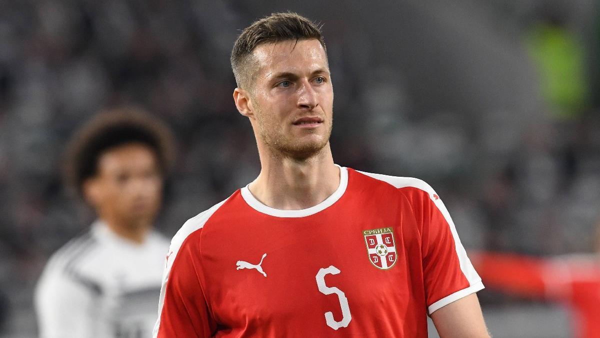 Beşiktaş savunma için Uros Spajic'i gündeme aldı