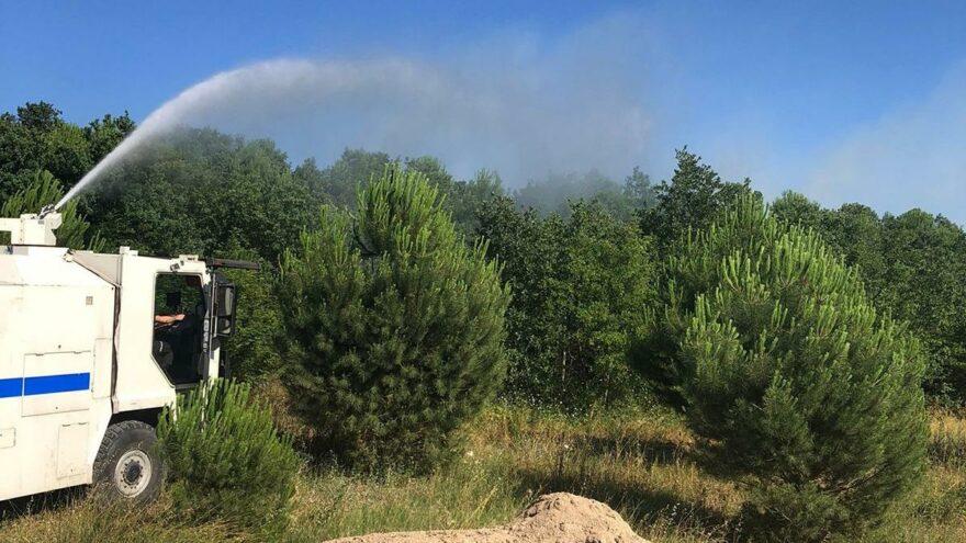 Orman yangınına TOMA'lı müdahale