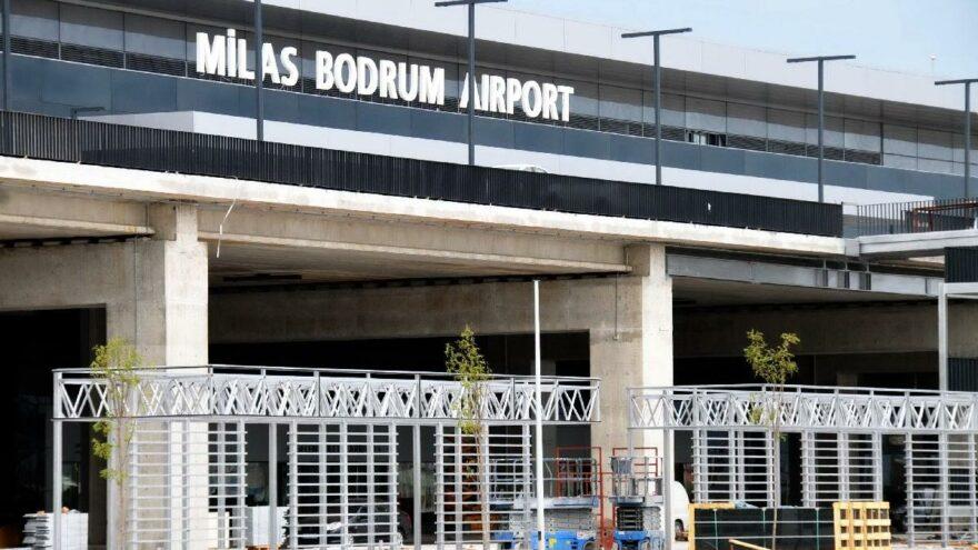Milas-Bodrum Havalimanı'ndaki kablo yangını seferleri etkiledi