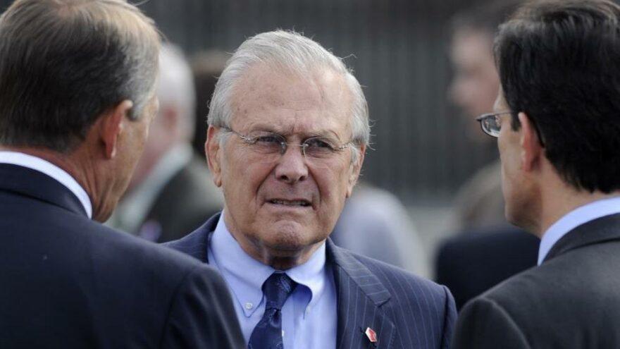 Afganistan ve Irak'ın işgallerinin baş mimarlarından Rumsfeld hayatını kaybetti