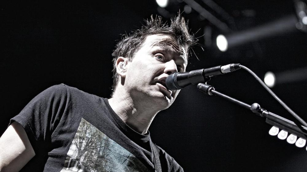 Blink-182'nin solisti Mark Hoppus, kanser olduğunu açıkladı