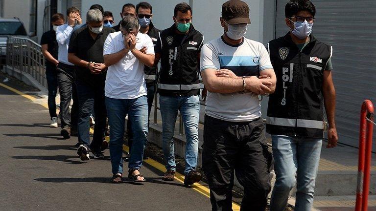 İzmir'de 'gaybubet evi' operasyonu