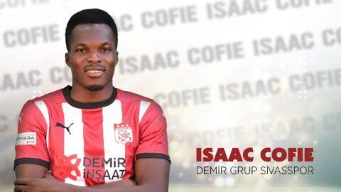 Issac Cofie sözleşme yeniledi