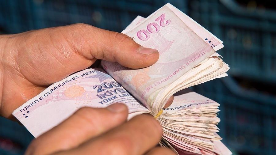 Boşanma davası açan eşe 'vergi kaçakçılığı' ve 'kara para' suçlaması