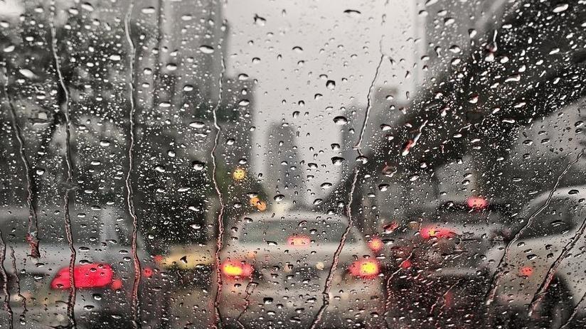 Bunaltıcı sıcakların ardından sağanak yağış geliyor