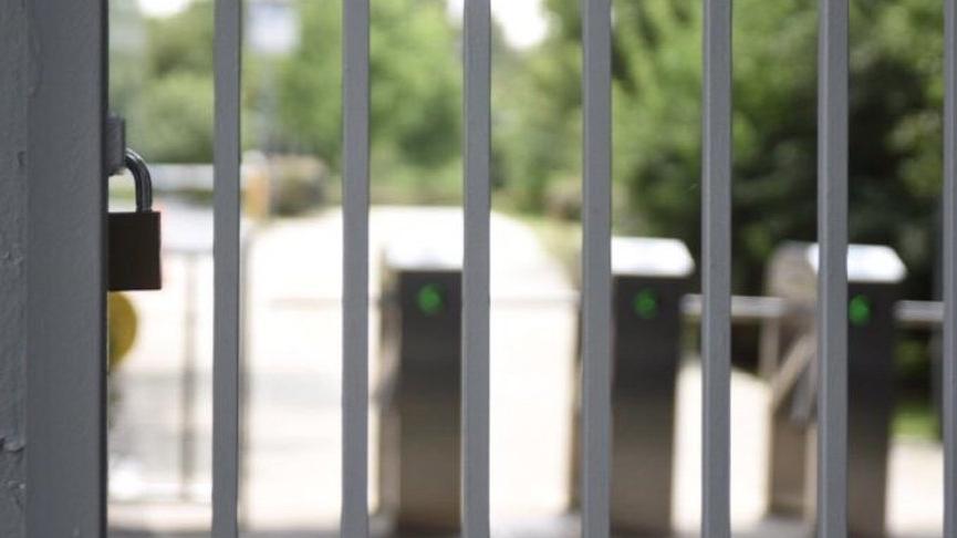 Boğaziçi Üniversitesi'nin kapısına bir kez daha kilit vuruldu, akademisyenler içeriye alınmadı
