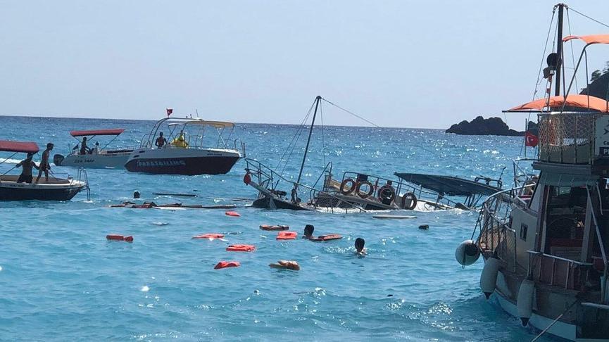 Muğla'da tur teknesi battı: 1 çocuk hayatını kaybetti