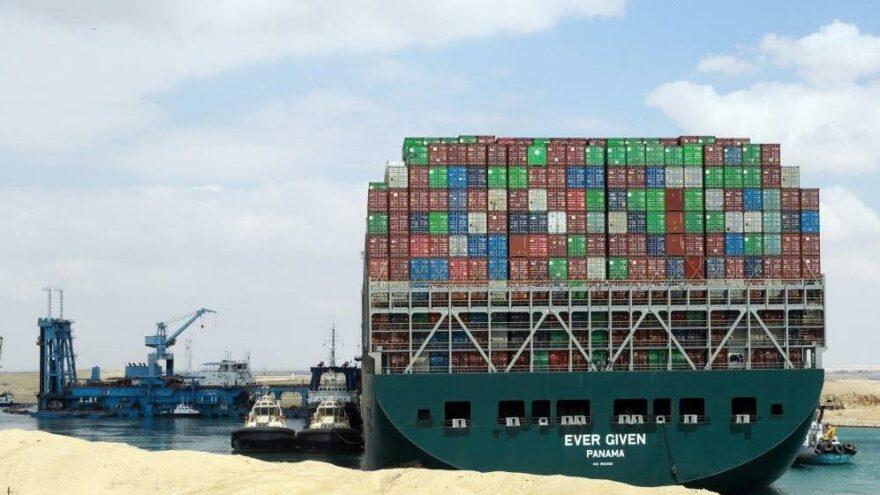 Süveyş Kanalı'ndaki gemi krizinde yeni gelişme