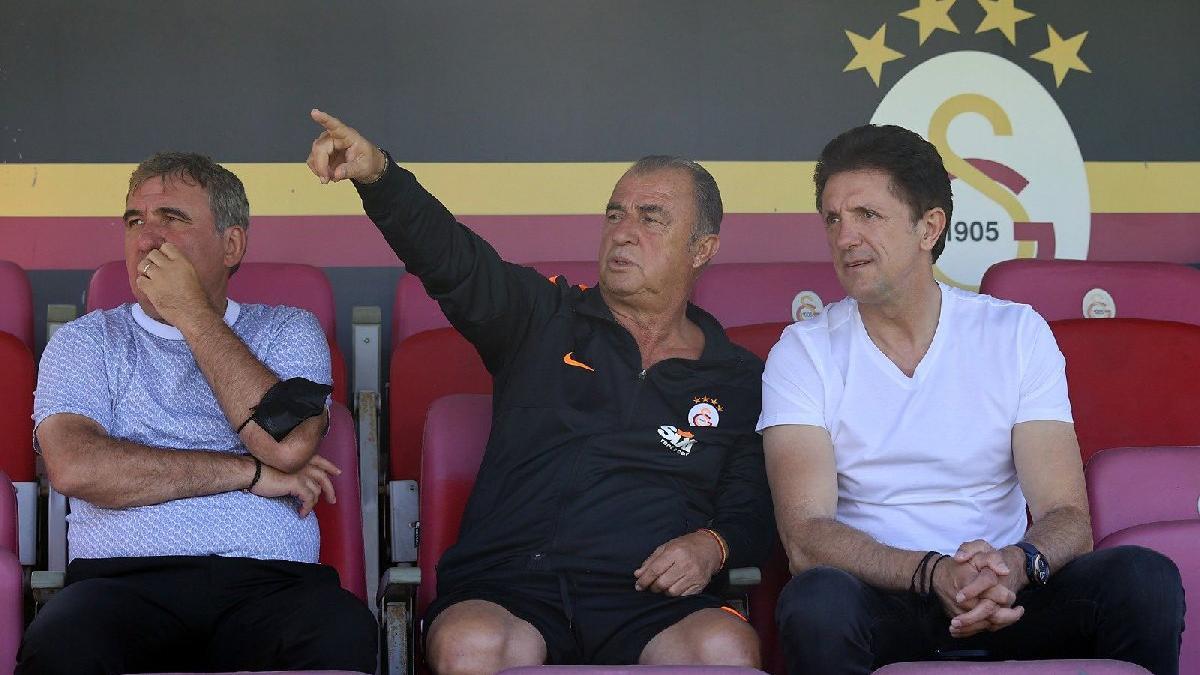 Hagi ve Popescu Galatasaray idmanında