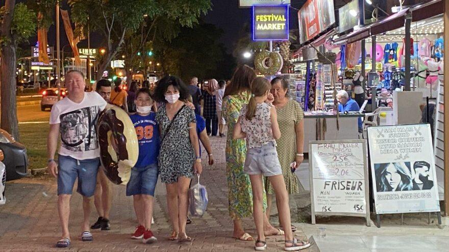Rusya ve Almanya seyahat kısıtlamalarını kaldırdı, Antalya'da turizm canlandı
