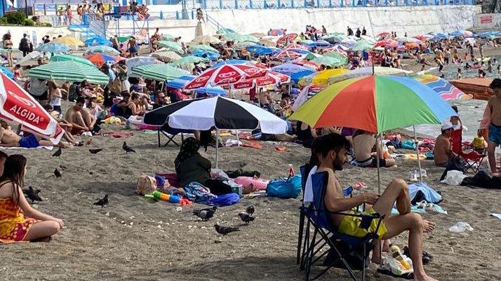 İmamlar AKP'li belediyeden özel plaj günü istedi