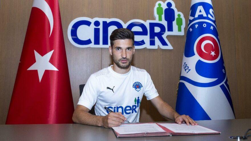 Kasımpaşa, Michal Travnik'i kiraladı