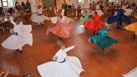 Gelibolu Mevlevihanesi'nin 400'üncü kuruluş yılı için 'renkli' kutlama