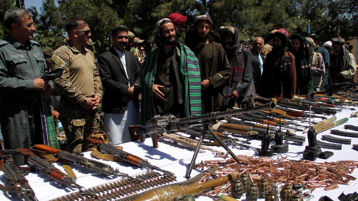 Taliban'dan Afgan hükümetine barış teklifi