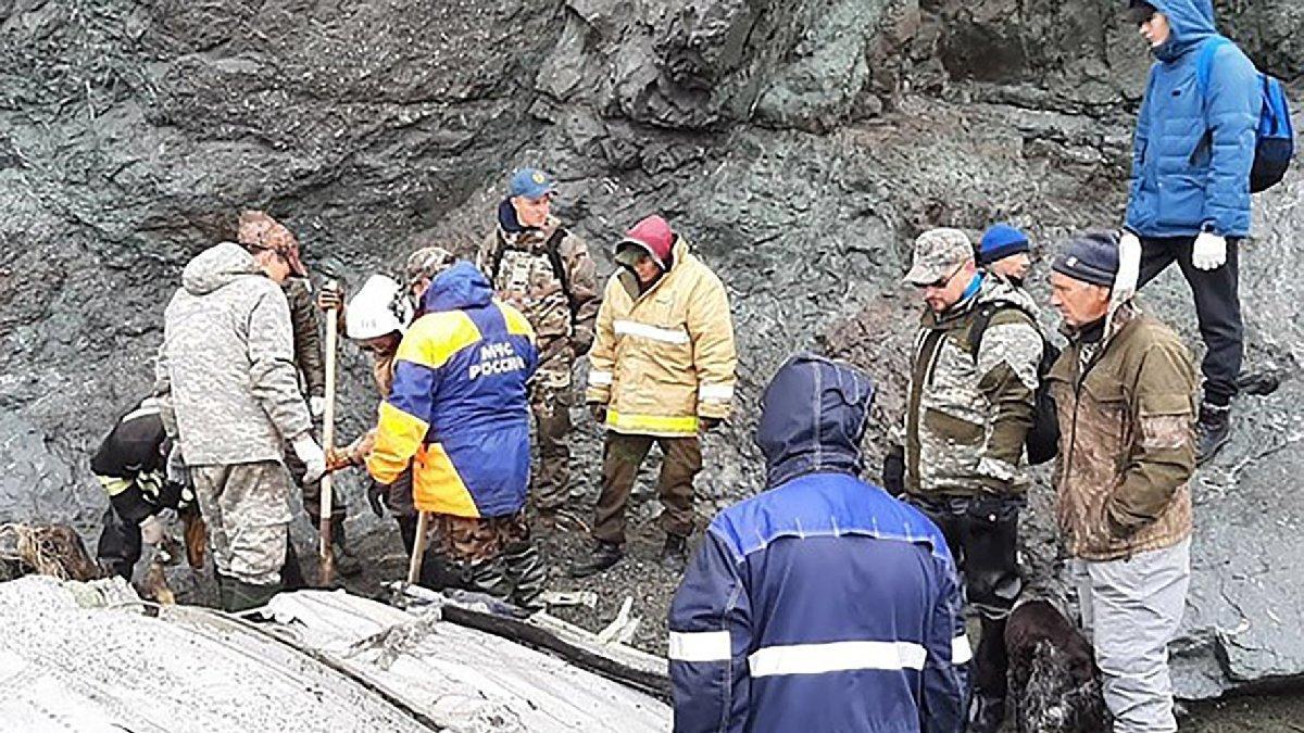 Rusya'da düşen uçaktaki yolcuların cansız bedenine ulaşıldı