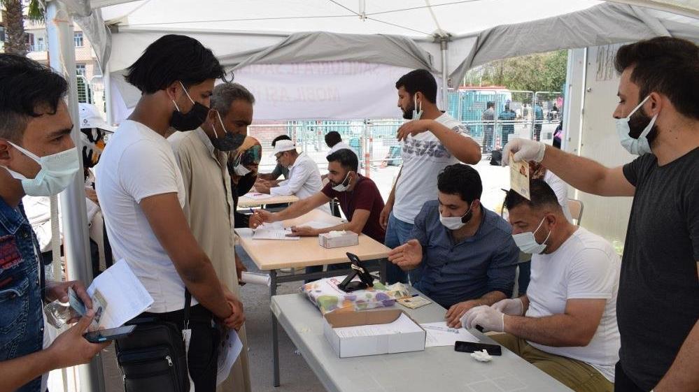 Şanlıurfa'dan Suriye'ye geçişler başladı