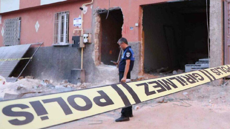 Evin tavanı çöktü: 1 ölü, 2 yaralı