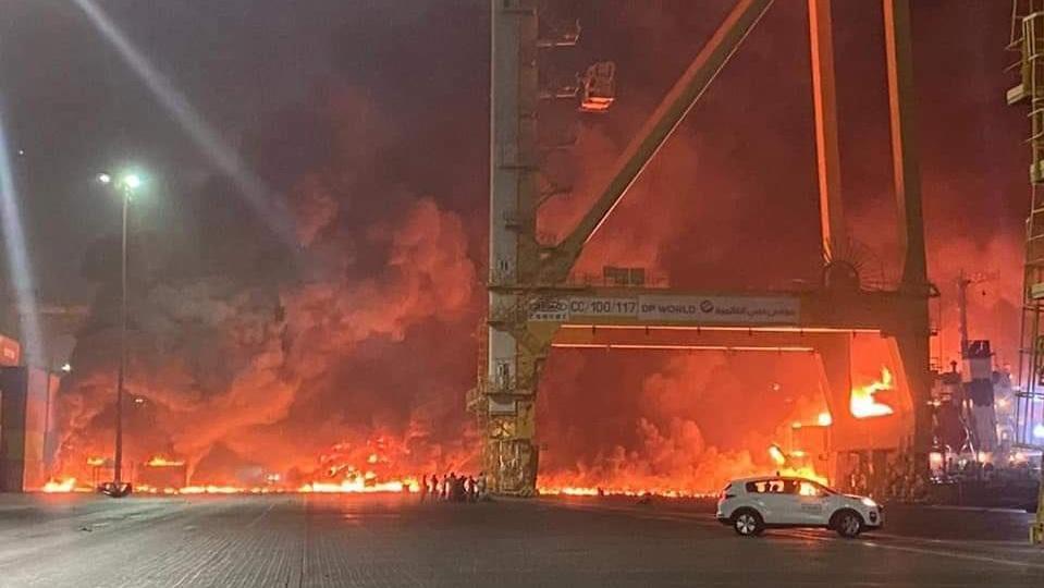 Dubai'deki patlama sonrası yeni görüntüler