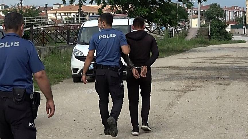'Dur' ihtarına uymayan alkollü ve ehliyetsiz sürücüye 18 bin TL ceza