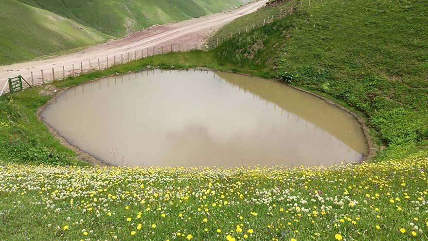 12 bin yıllık Dipsiz Göl 'çamur göl' oldu!