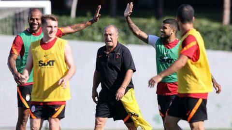 Galatasaray'ın antrenmanında misafirler vardı
