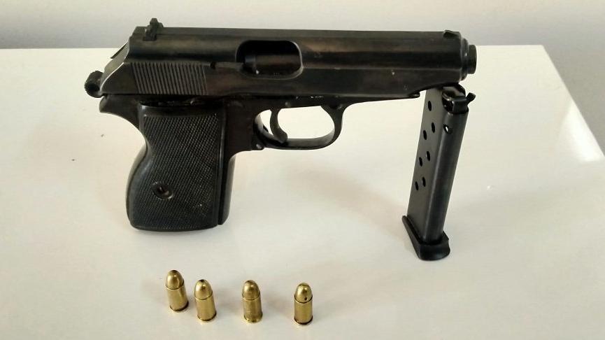 Tartıştığı kişiyi öldürdü, tabancayı 3 parça halinde buzdolabına sakladı