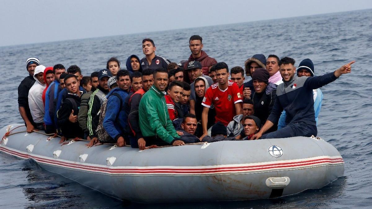 İstanbul'da kaçak göçmen çetelerine 8 ayrı operasyon