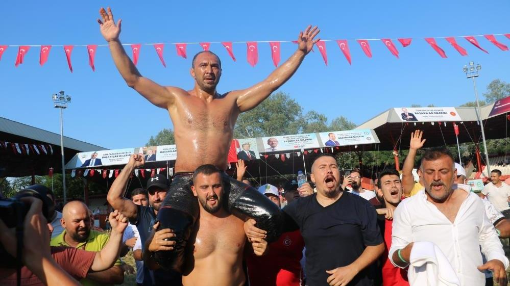660'ncı Kırkpınar Yağlı Güreşleri'nde kazanan Ali Gürbüz oldu