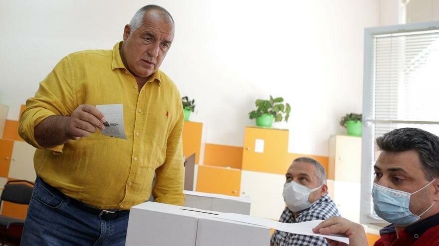 Bulgaristan'da erken seçim: Oy kullanmaya başladılar