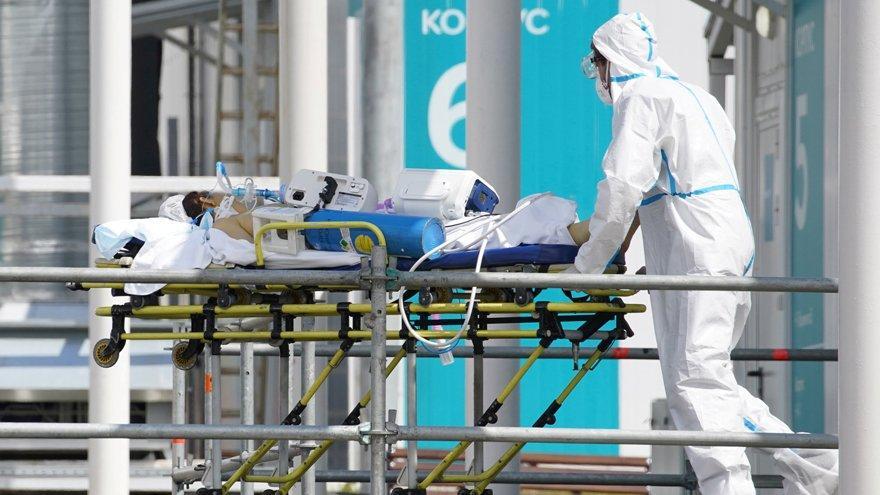 Sinovac kabusu sürüyor: İkinci ülkede de yüzlerce sağlık çalışanı hastalandı