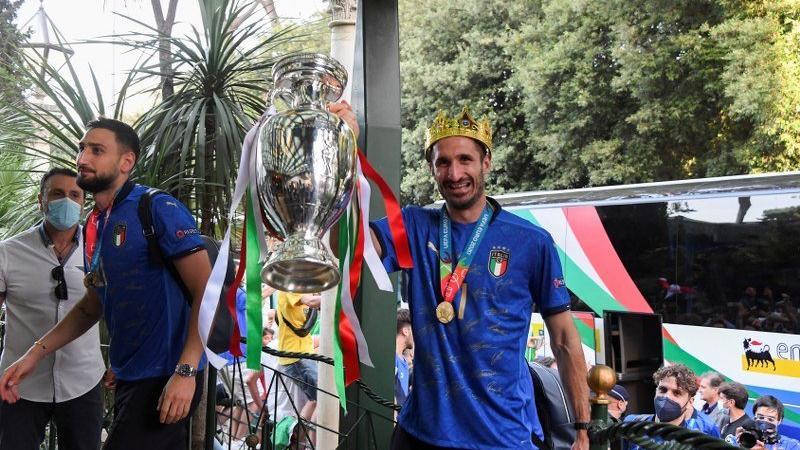 53 yıl sonra gelen zafer! EURO 2020 şampiyonluk kupası Roma'da...