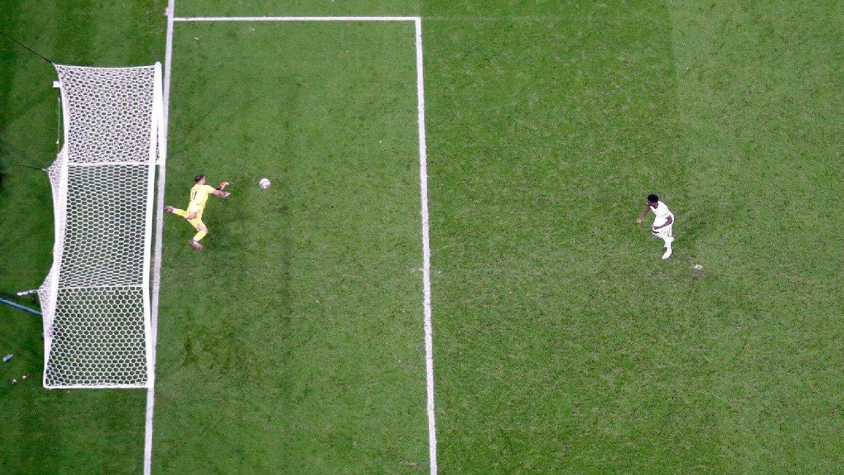 EURO 2020'nin finaline damga vuran penaltılar İngiltere'de olay oldu