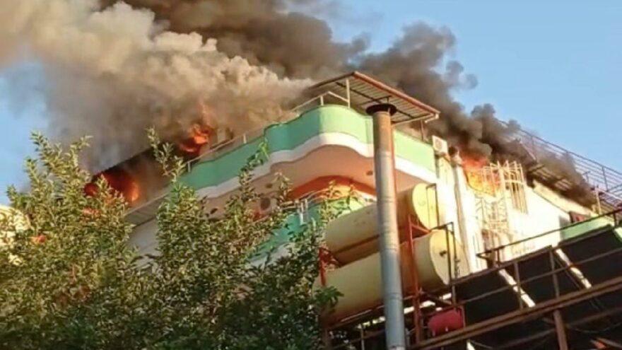 Apart otel alev alev yandı