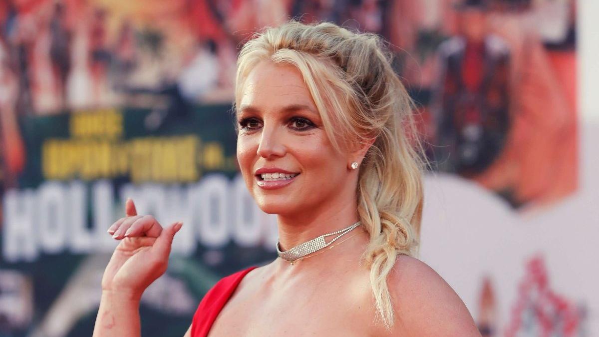 Britney Spears seksi paylaşımlarıyla sosyal medyanın gündeminde