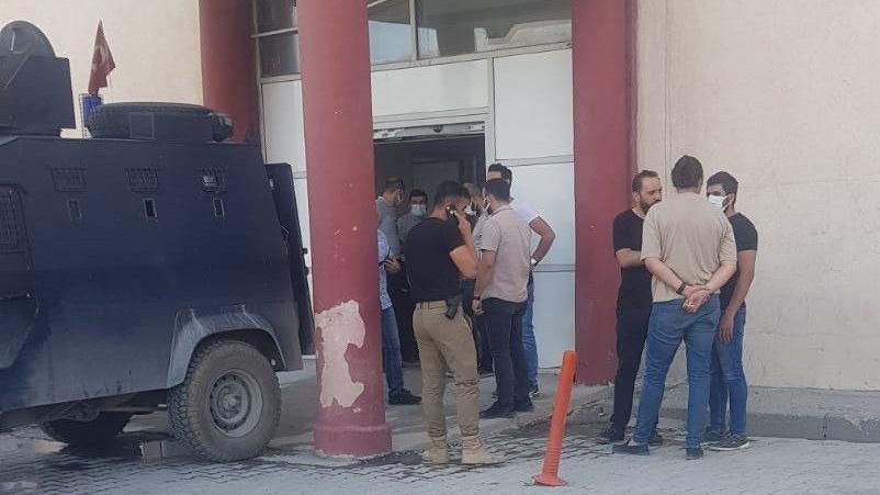 Hakkari İl Emniyet Müdür Yardımcısı Hasan Cevher'e silahlı saldırı... Hayatını kaybetti