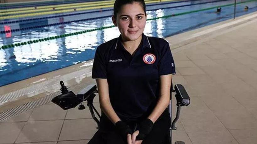 Elif İdem tedavi için yüzmeye başladı, şimdi olimpiyatlarda yarışacak