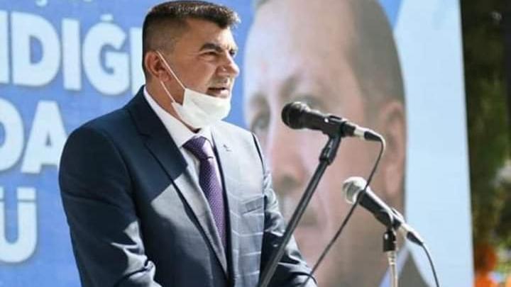 AKP'li isim görevinden istifa ettiğini duyurdu