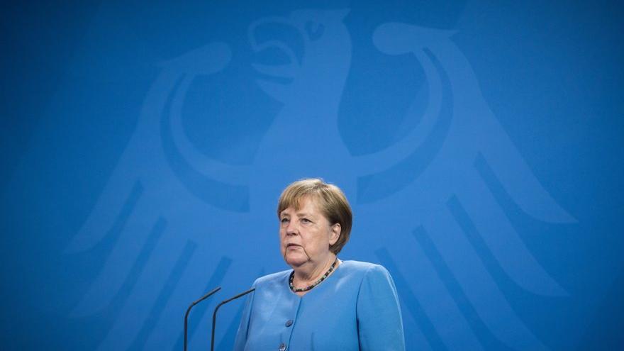 Merkel'den Covid-19 aşısı açıklaması: Zorunlu olmamalı