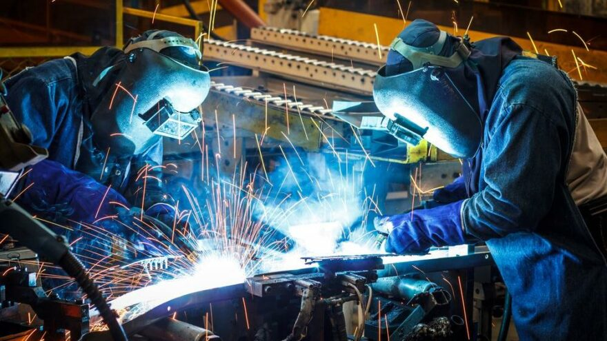 Sanayi üretimi aylık yüzde 1,3 arttı