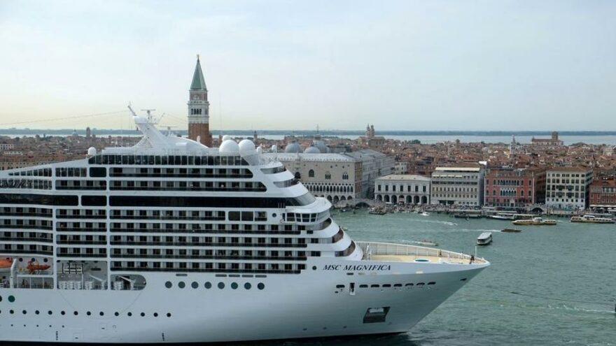 Venedik Lagünü için kabine toplanıyor