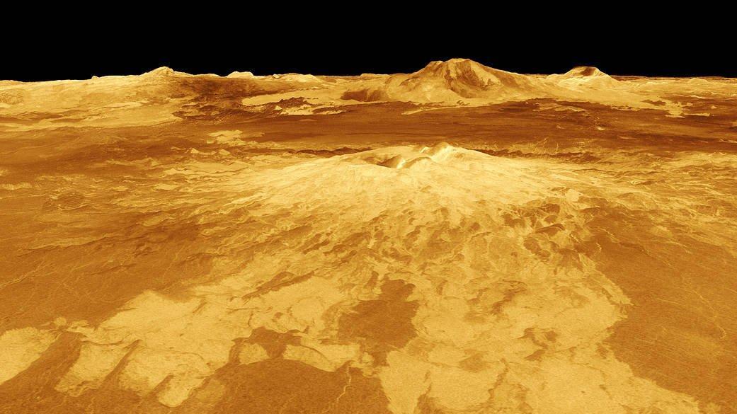 Venüs'te yaşam arayan bilim dünyası ikiye bölündü