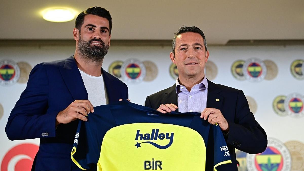 Volkan Demirel, Fenerbahçe'den ayrıldı